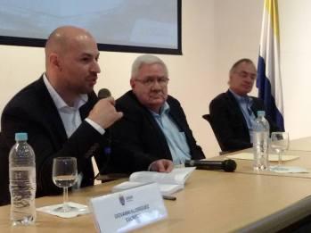 Con Evaristo López y Hernán Antonio Bermúdez. UNAH, Tegucigalpa, febrero 2017.